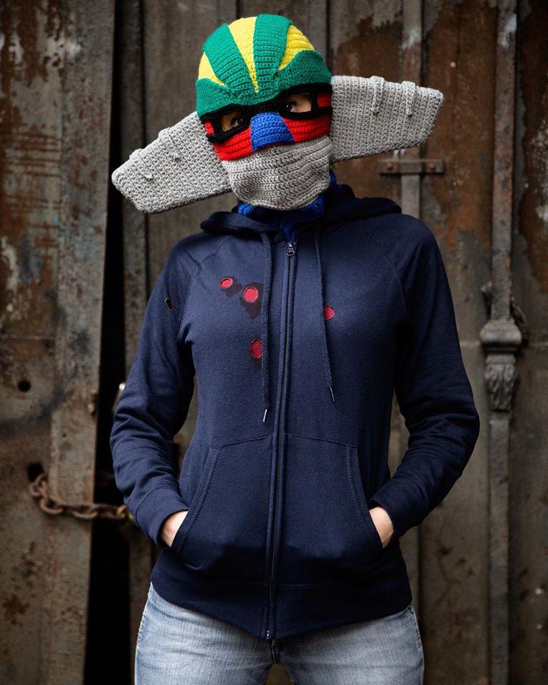 Incredible Steel Jeeg Mask Cosplay Crocheted By Momou Crochet ... Wow!