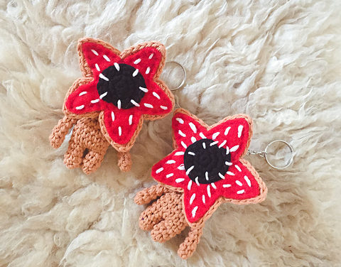 Hey Stranger Things Fans, Crochet a Keychain-Size Demogorgon Amigurumi With This Free Pattern!