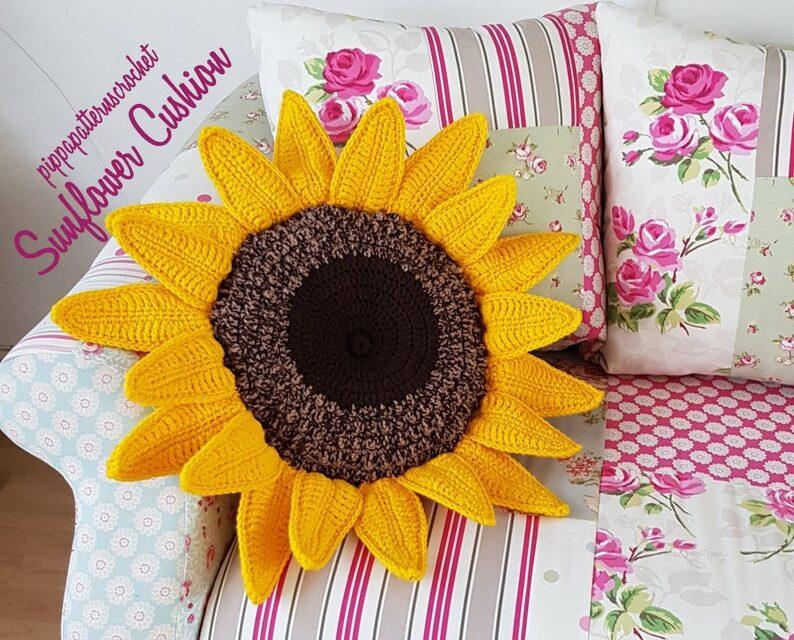 Crochet a Cute Sunflower Cushion … Super Popular AND It's Cute Too!