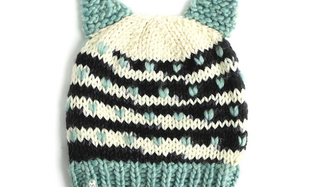 FREE Pattern For a Chunky-Knit Cat Hat, Designed By Dubbele Dutch Crafts