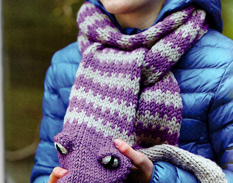 Knit a Rattlesnake Scarf, Fun & Unique Pattern By Fiona Goble – This One Doesn't Bite!