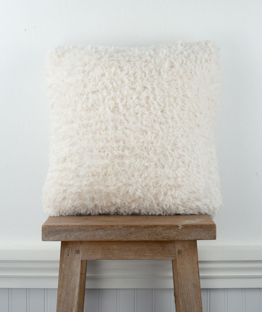 Free Pattern Alert: Knit a Fun Faux Fur Pillow width=