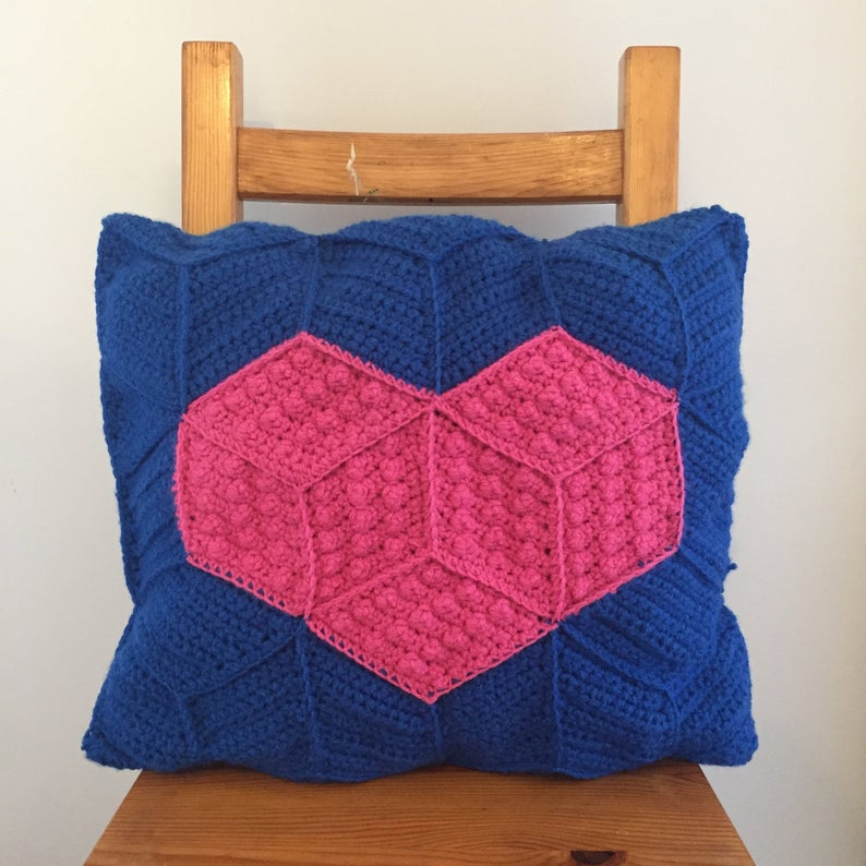 Get the pattern designed by Hook Stitch Sew #crochet
