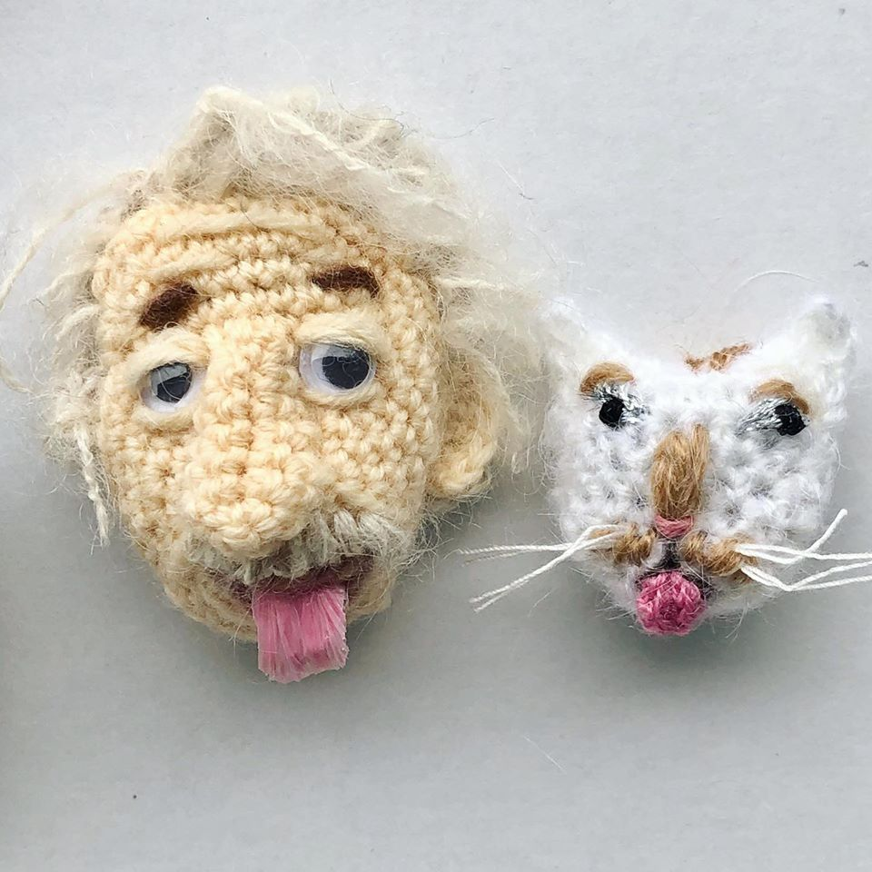 NekoKnit's Einstein & Kitty-Cat Brooch