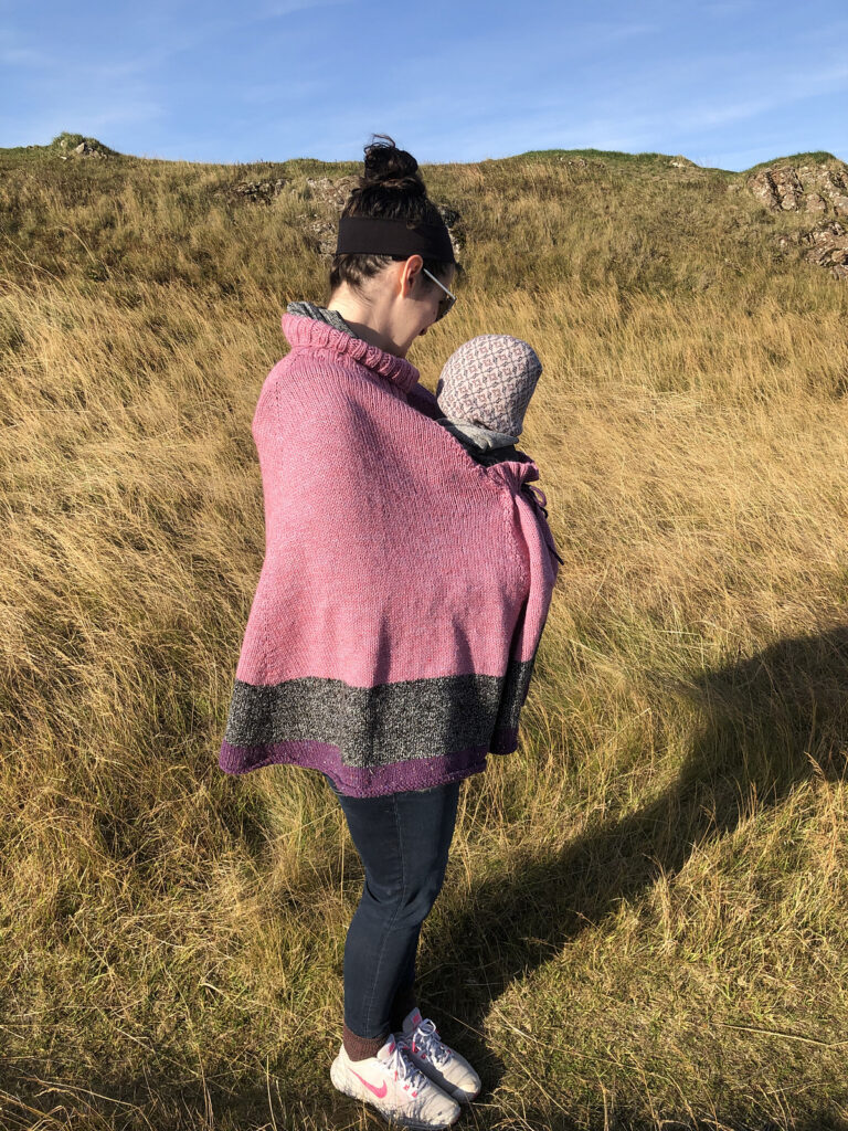 Super Smart and Innovative 'Kangaroo Poncho' For Baby-Wearers, Designed By S. Bazely