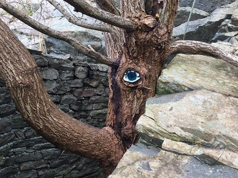 I Spy a Yarn Bomb Spying On Me! This Clever Crochet Street Art Keeps An Eye On Things …