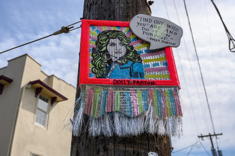 Anonymous Street Artist Mounts Neon-Framed Portraits Of Influential Women All Around Seattle