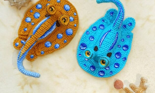 This Miniature Blue-Spotted Sting Ray Amigurumi Pattern Designed By Xeniia Abdullina is a KNOCKOUT!