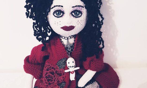 Everyone Who Sees Her Knitted Doll Thinks It Resembles Helena Bonham Carter
