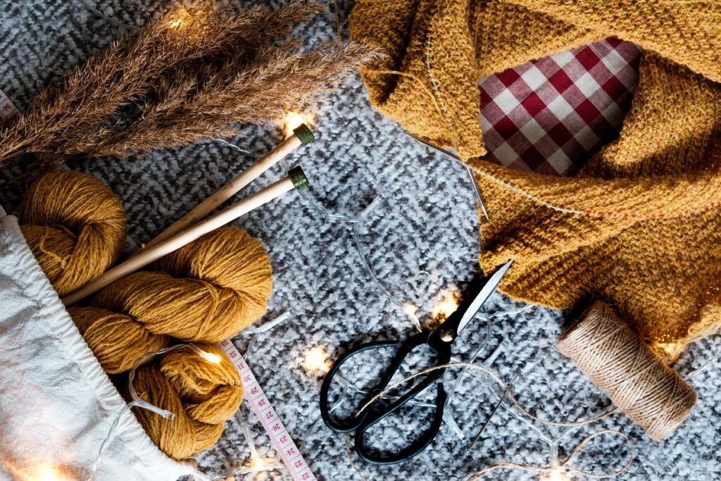 Tips on Making Homemade Knit Blankets and Quilts