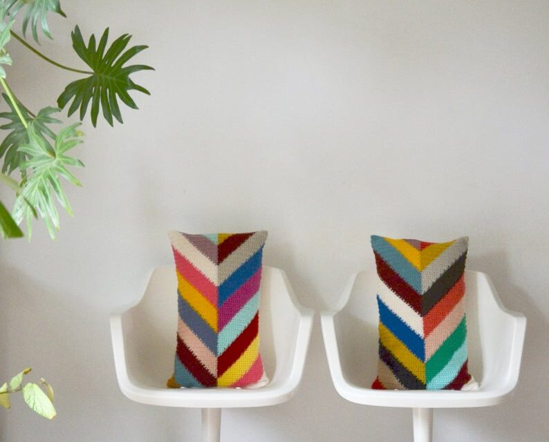 Crochet A Set Of Colorful Chevron Pillows … Handsome Stashbuster!