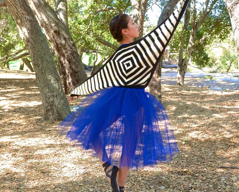 Knit A Unique Geometric Shawl … This Is Such A Striking Headturner!