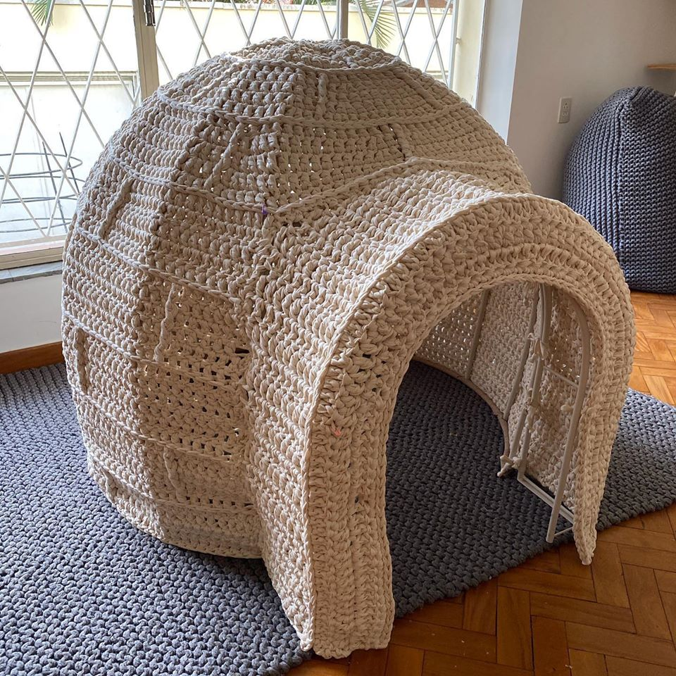 Anne Galante's Life-Size Play Igloo ... I Want To Go To There!