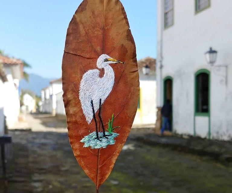 More Gorgeous Leaf Art Embroidered By Arte e Ofício Ateliê