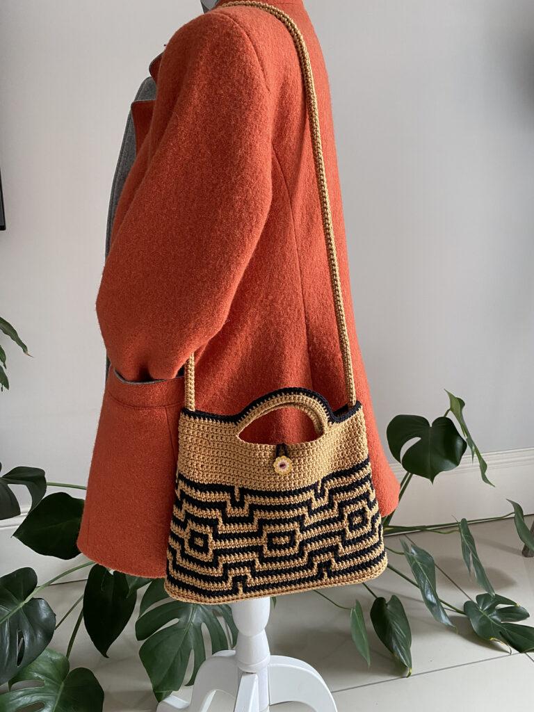 Crochet a Marvelous Maze Bag, Designed By Carol Ibbetson