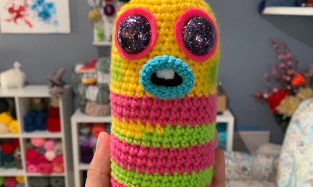 It's Mr. Dinkles! Get the Crochet Amigurumi Pattern Designed By Denisse Krochet