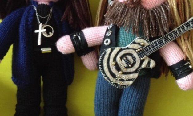 Knit An Ozzy Osbourne Amigurumi … And A Zakk Wylde Too!