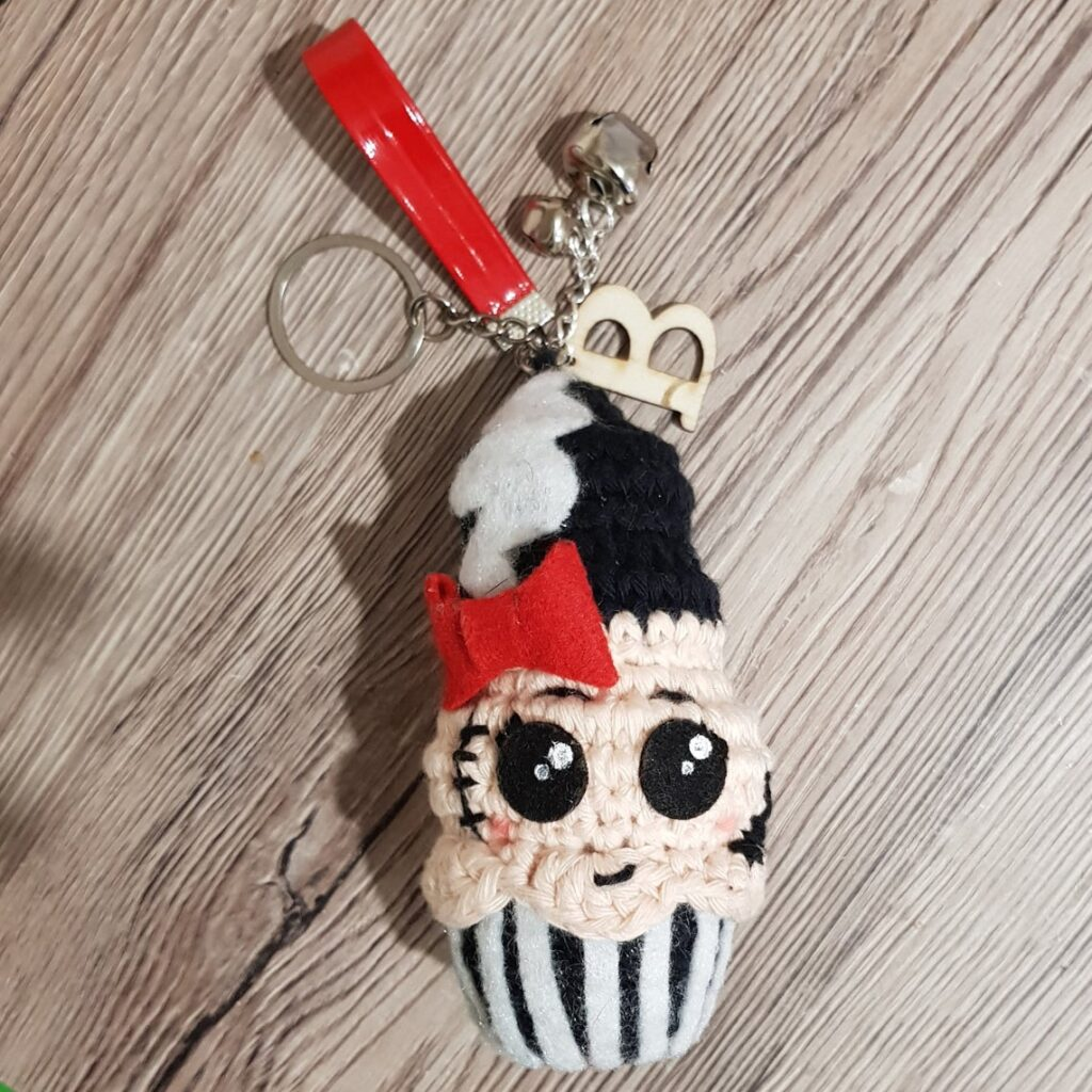 Quirky Cute and 100% Fun Halloween Cupcake Amigurumi ... Perfect Little Charmers, Creepy Cool!