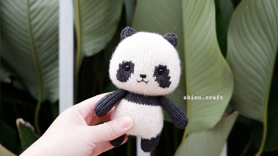 Knit a GiGi The Little Panda Amigurumi … So Adorable It Hurts!