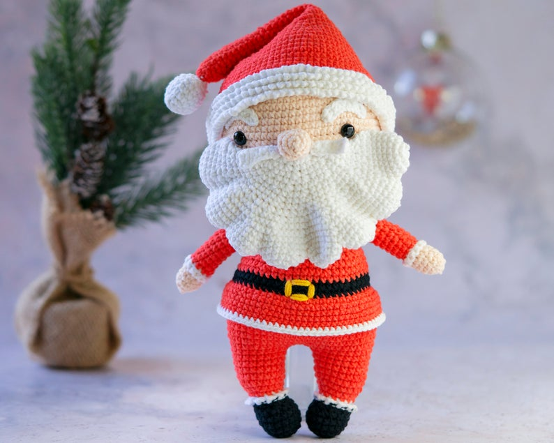 It's Time To Start Crocheting Christmas Amigurumi ... Don't Wait Until It's Too Late!