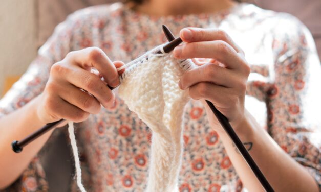 8 Reasons Why Knitting  Should Be Taught in Schools