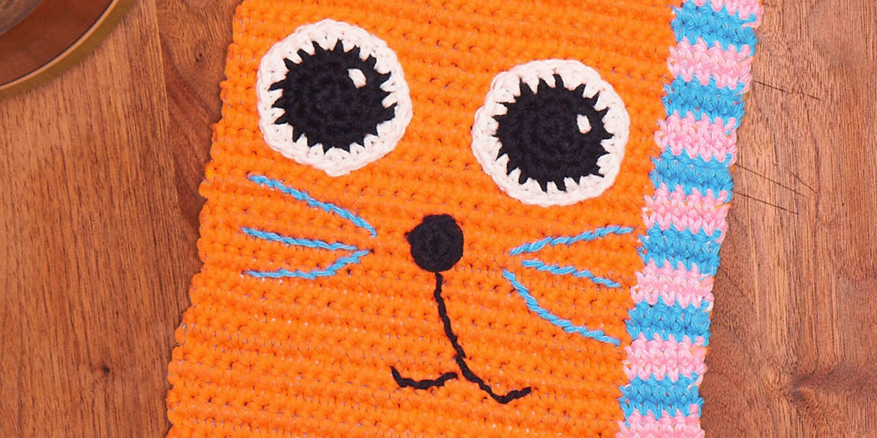 Everyday Can Be Caturday When You Crochet This Colorful Kitty Dishcloth – Free Pattern!