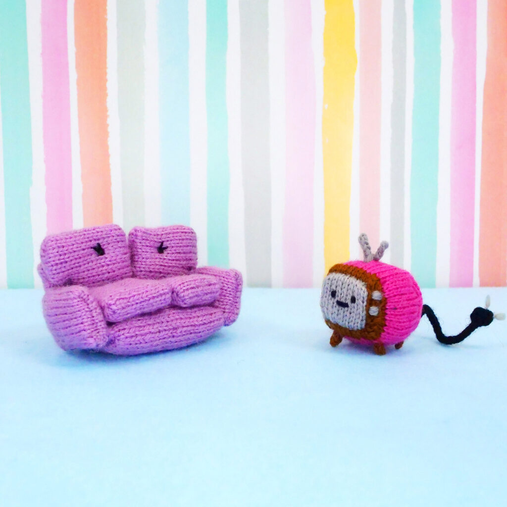 Knit a Sophie The Loveseat and Her Friend Chanel The TV, Cute Amigurumi!