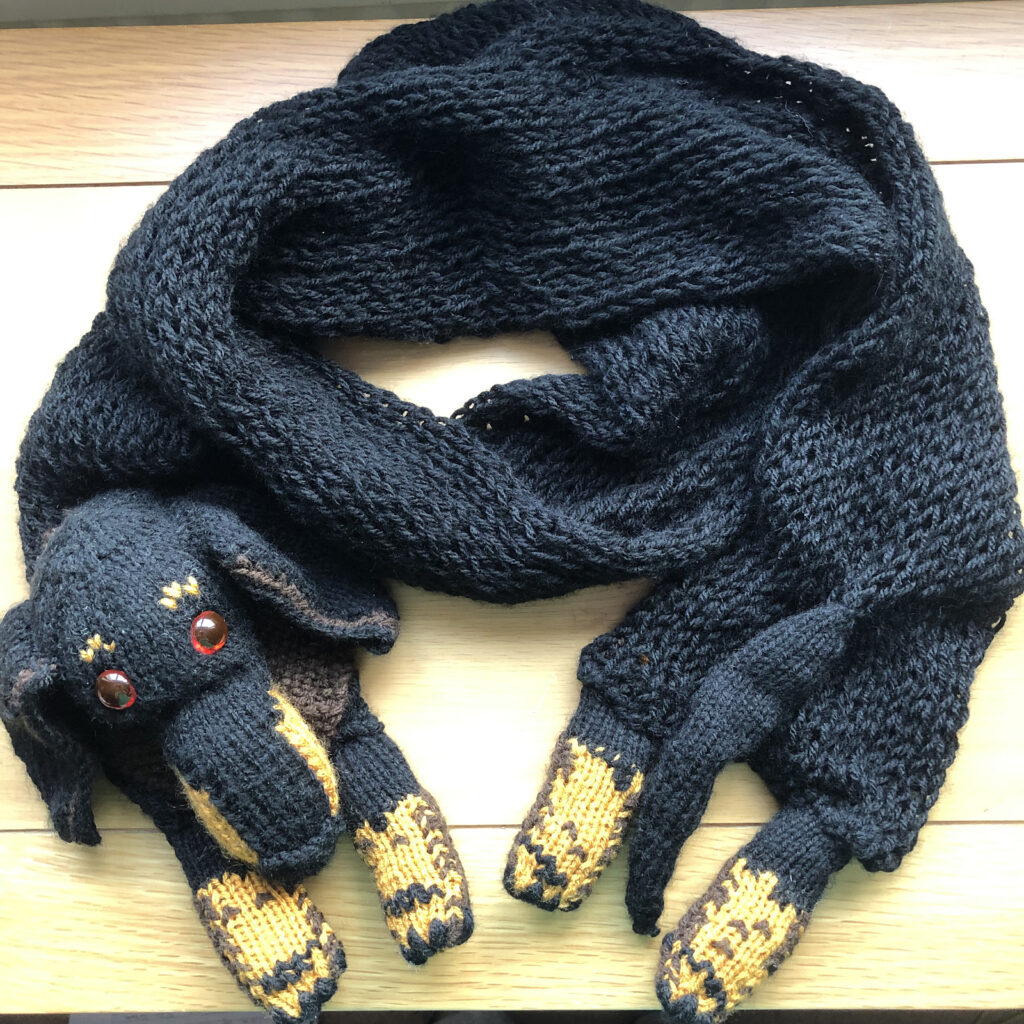 Knit a Dachshund Doggy Scarf ... Cute, Creative and Makes a Great Gift!