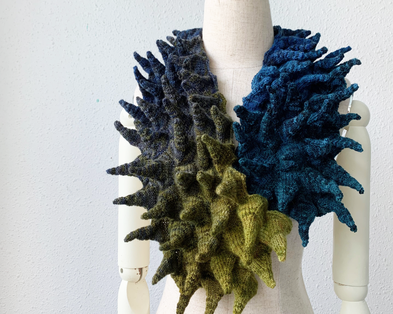 Knit a Gorgeous Statement Scarf, This Is Wearable Art Designed By Cate Carter-Evans & The Pattern Is FREE!
