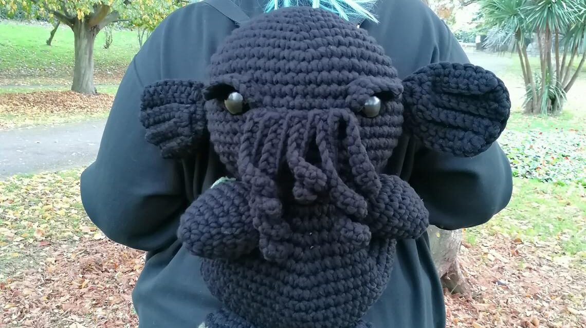 The Best Cthulhu Backpack Pattern Ever! Well, I've Only Seen This One and It's Amazeballs!