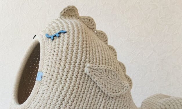 The Crochet Cat Cave You've Been Waiting For … Get The Pattern in English or Spanish, The DIY Kit Or Buy One Already Made!
