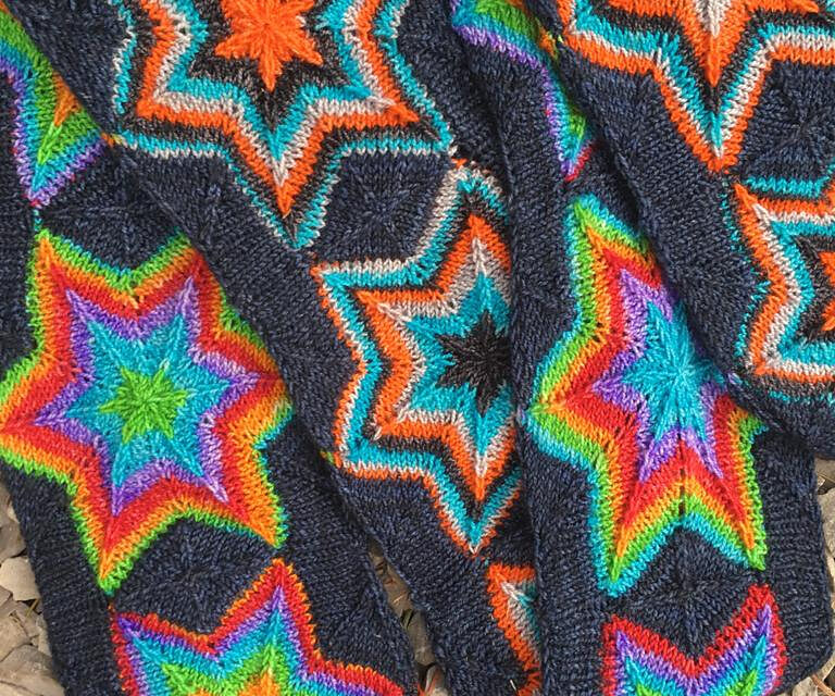 Gorgeous Must-Knit 'Startrek Scarf' Designed By Natalia Moreva … Wow!