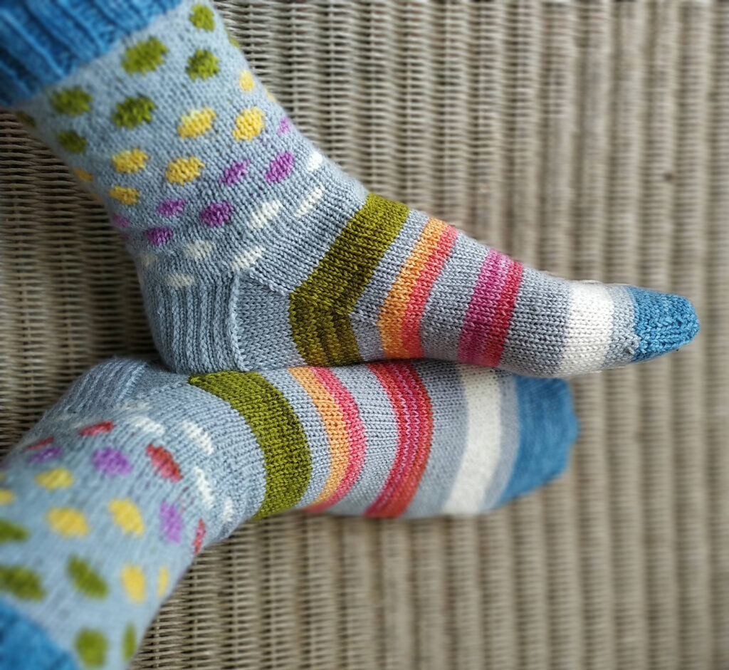 Fabulous and Free ... You'll Want To Cast On These 'Hot Spots and Stripes' Socks Without Delay!