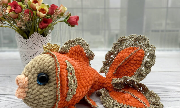 Absolutely Stunning Golden Goldfish … This Is Peak Crochet and Yes, There's a Pattern!