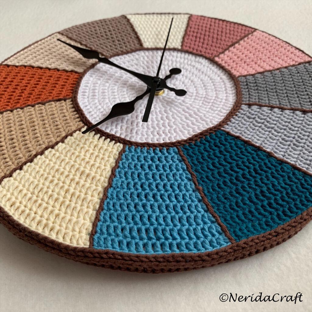 Crochet a Creative Clock ... It's a Clever Work of Art!