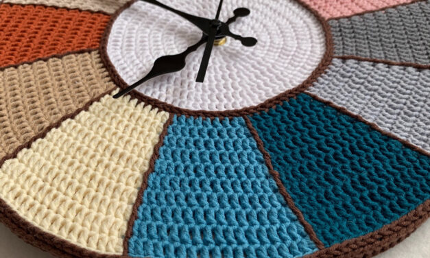 Crochet a Creative Clock … It's a Clever Work of Art!