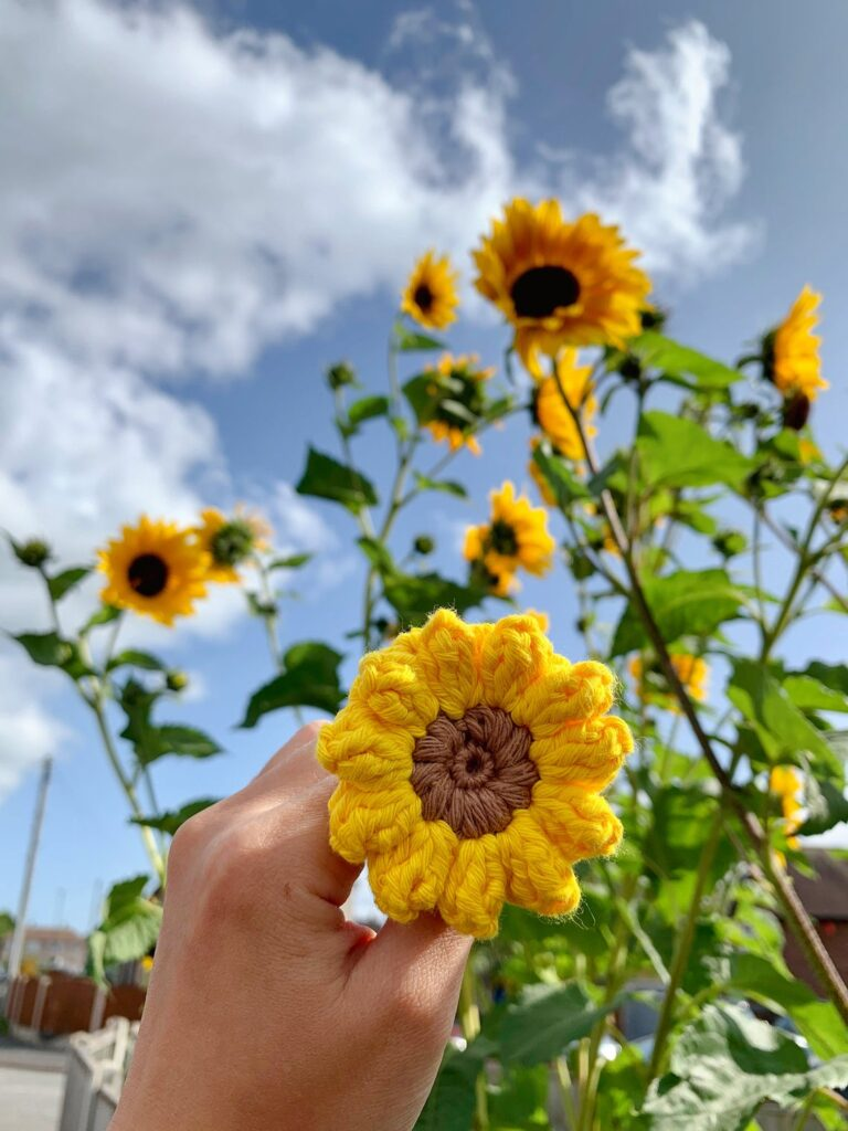 Sunflower Power! This Cute Crochet Appliqué Is Great For Hair Clips, Keychains and More ...