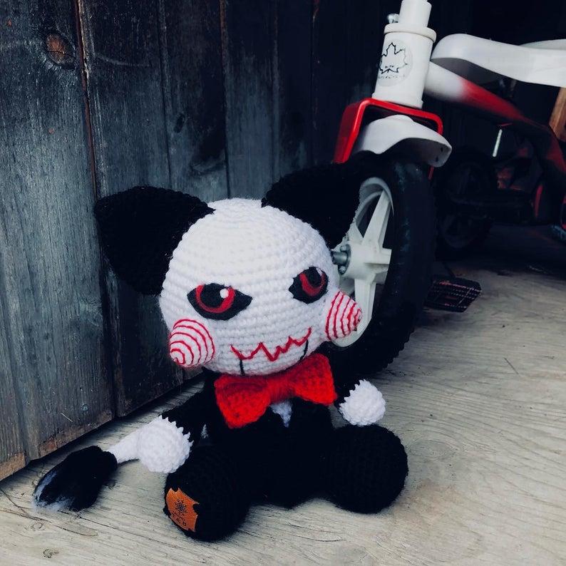 Horror Fans Will Loves These Creepy Cute Kitty-Cat Amigurumi Patterns By Tanya Corbeil