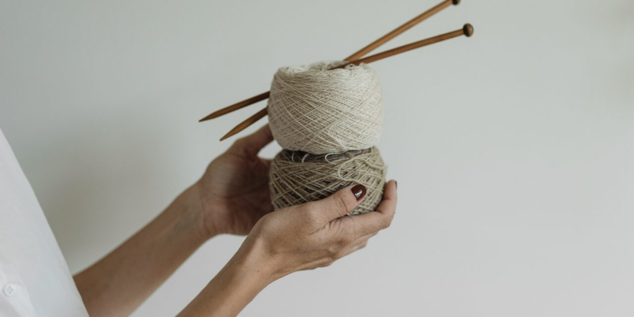 Deciding Which Knitting Needles Are Right For Your Project