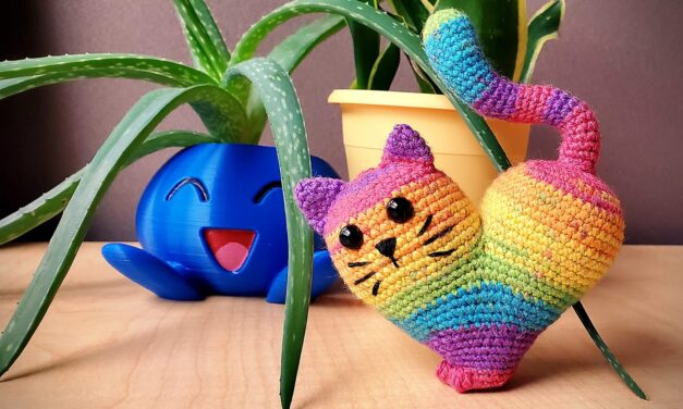 Hearts, Cats, Rainbows, Crochet, Amigurumi, Caturday, Cuteness and Valentine's Day ALL IN ONE …
