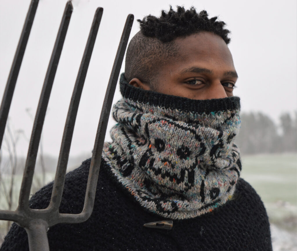 I'm In Love With This Papa Spooky Cowl Designed By Shauna Caffrey ... Free Pattern!