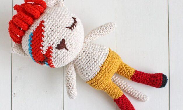 Crochet a Fun David Meowie Amigurumi … It's A Cool Kitty-Cat Homage To Ziggy Stardust / Aladdin Sane!