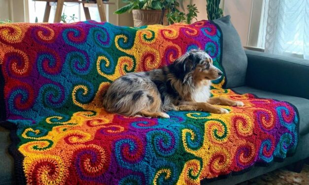 Crochet a Gorgeous Rainbow Galaxy Blanket … This Is The Definition Of Unique!