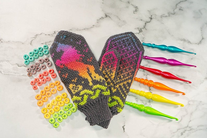Guaranteed To Light Up your Life ... Crochet a Pair of Magical Rainbow Unicorn Mittens!