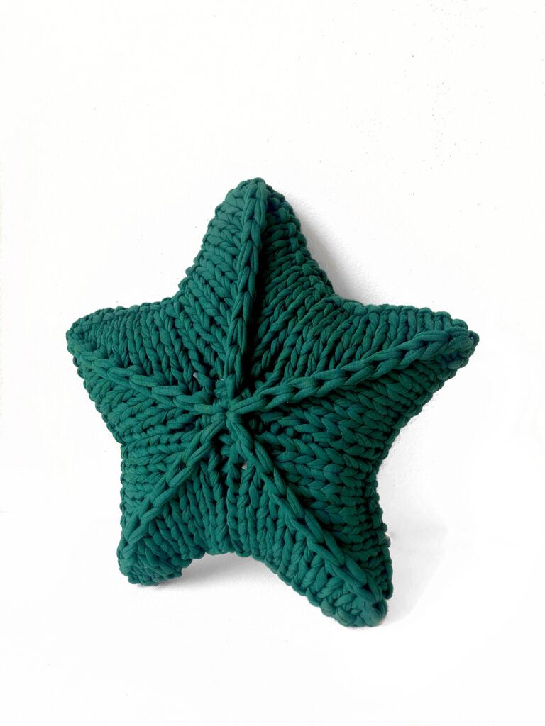 Knit A Star Pillow With Your Fave T-Shirt Yarn ... For Yourself Or For Someone You Love