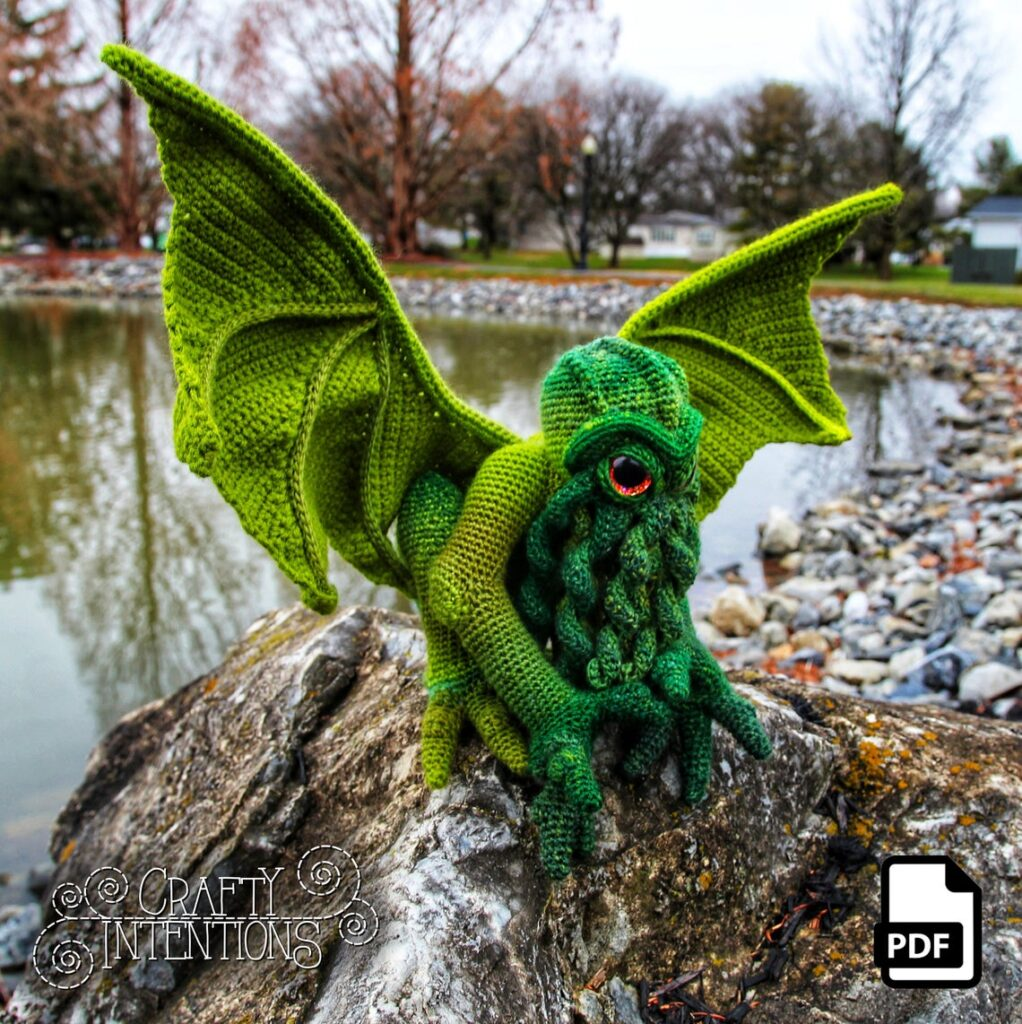 Check Out This Incredible Cthulhu Pattern by Crafty Intentions ... This One Might Be My Fave Yet, She's A Genius!