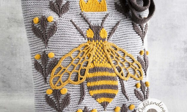 Crochet a Gorgeous 3D Queen Bee Tote For Spring