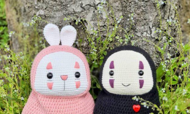 Crochet a No-Face Amigurumi Wearing a Bunny Costume