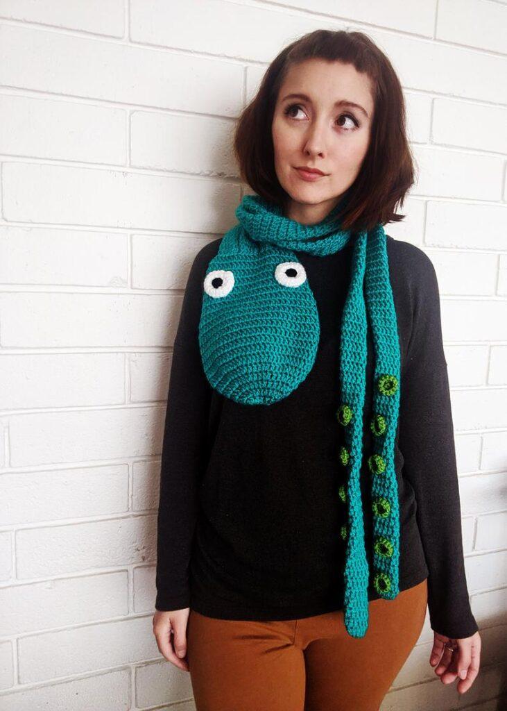 crochet patterns designed by Lisa of HELLOhappy #crochet