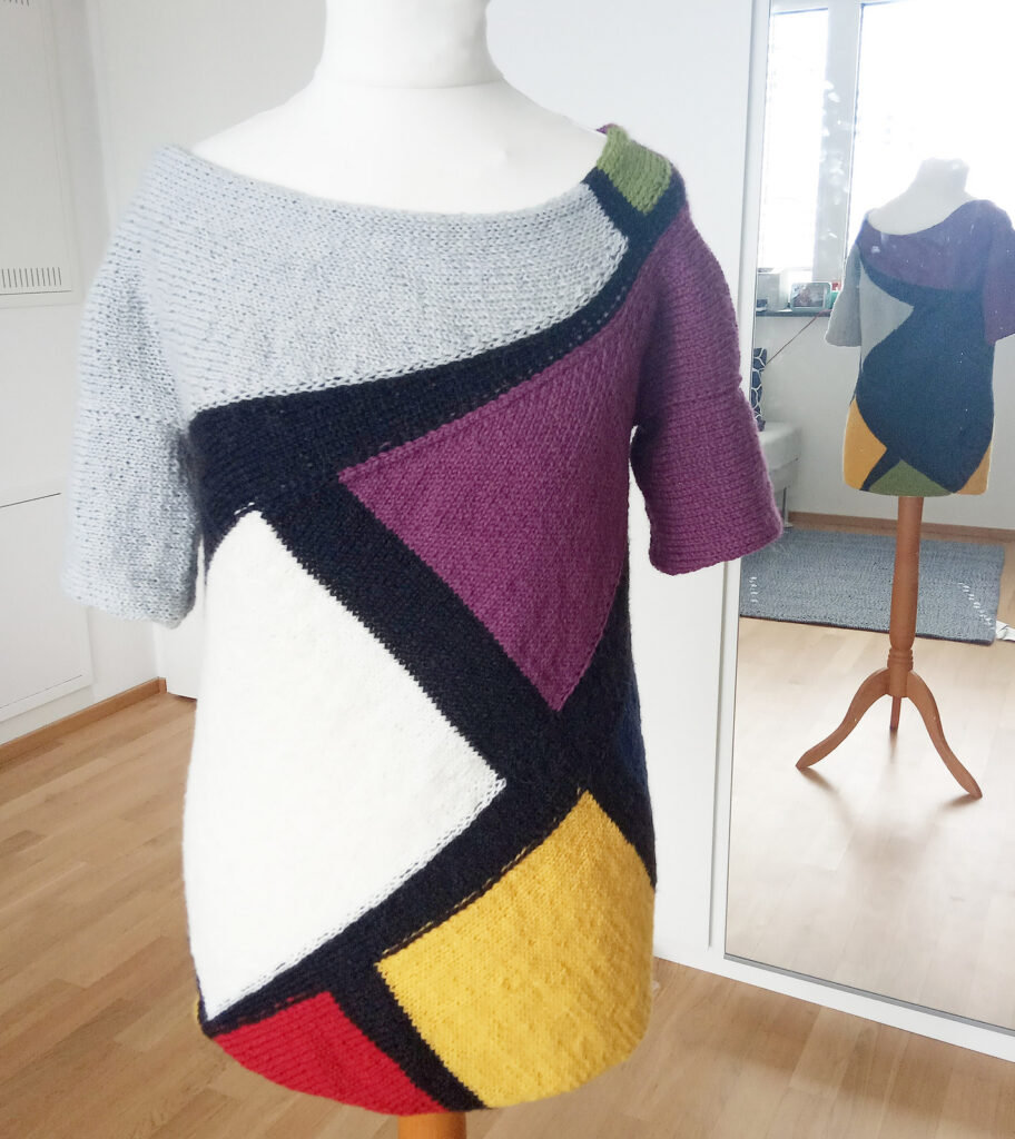 Free Pattern Alert! This 'Euclidean Jumper' Designed By Veronica Mas Is A Short Row Showstopper!